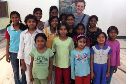 Students plan 'break' for service in India
