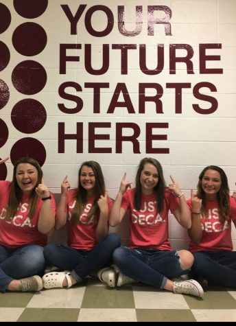 DECA makes leaders in business