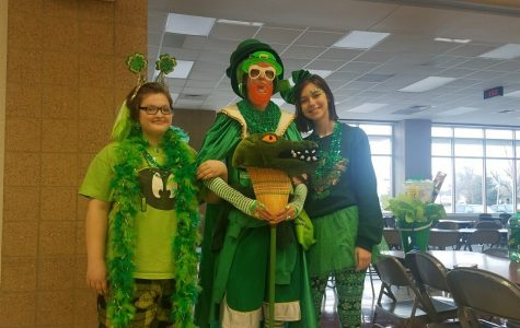 Students show spirit in FCCLA 'Wearin' of the Greens' competition