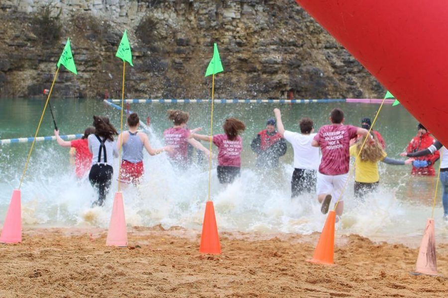 Student Council raises hundreds for Special Olympics at Polar Plunge