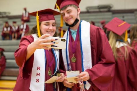 Class of 2021 Celebrates Resilience at Graduation